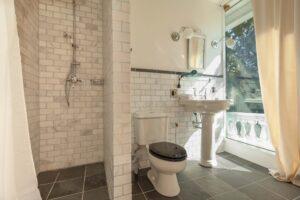 argos_bathroom2